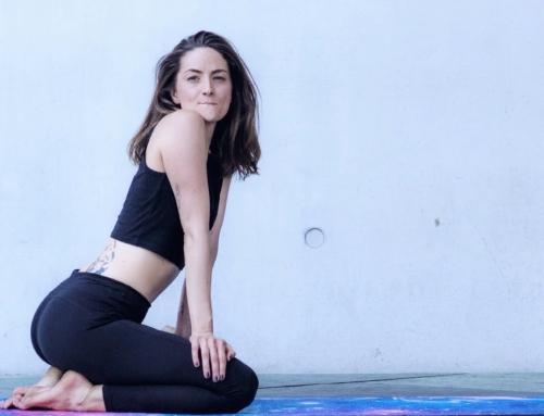 YOGA ANFÄNGER: 7 Tipps für deine erste Yogastunde