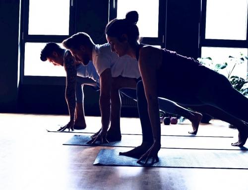 So findest du deine Yogalehrerausbildung