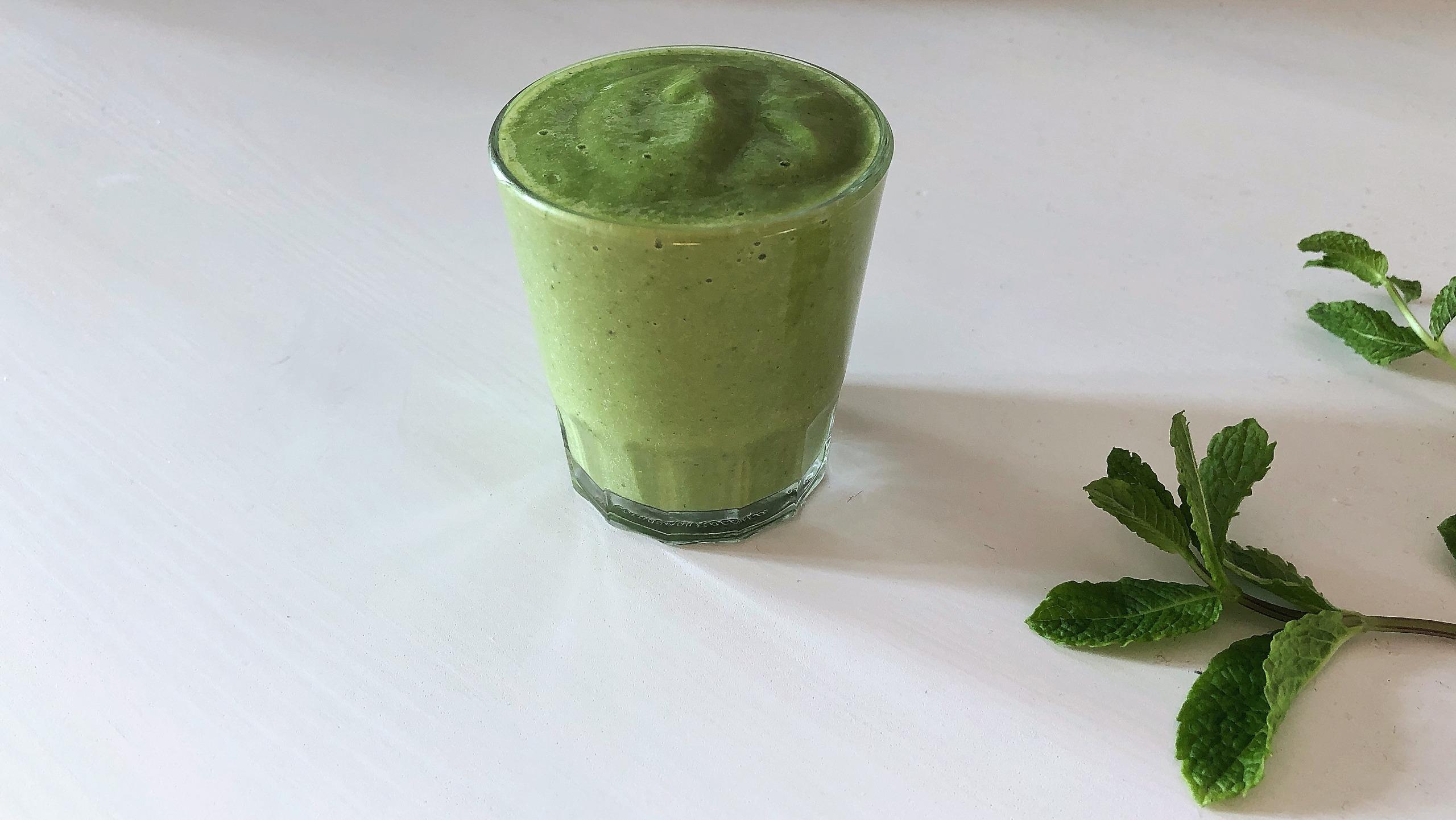 Grüner veganer Smoothie
